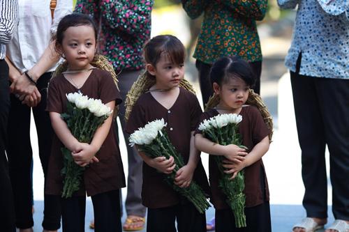"""ngam dan """"thanh nien xung phong nhi"""" tai nga ba dong loc - 14"""