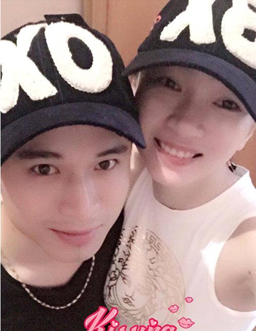 """ba me ke chuyen chong """"noi xau"""" vo sau sinh tren ban nhau - 1"""
