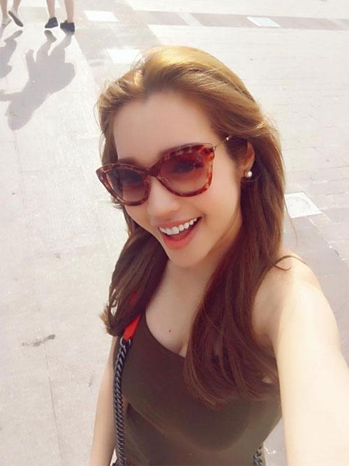 tu long hanh phuc trong tiec day thang cua con gai - 11
