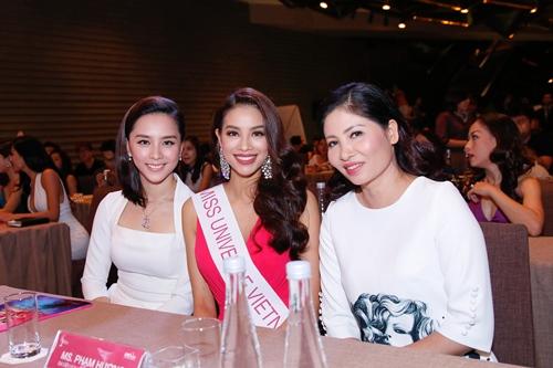 pham huong hoi hop truoc gio di thi hhhv the gioi 2015 - 7