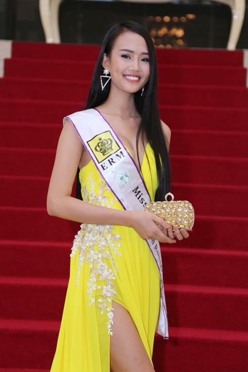 """a hau """"thi chui"""" len tieng ve danh hieu khong duoc cong nhan - 2"""