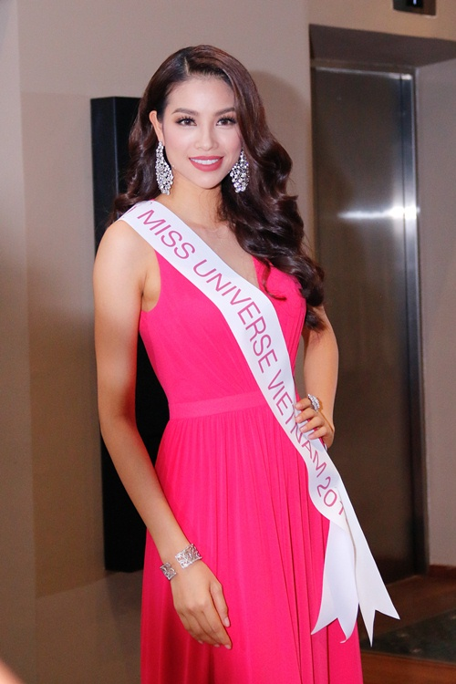 pham huong tiep tuc duoc du doan lot top 3 miss universe 2015 - 3