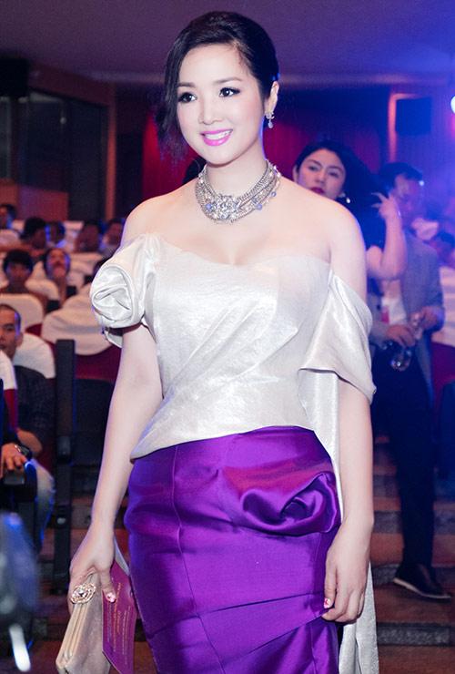 hh giang my dep long lay ben mai thu huyen - 5