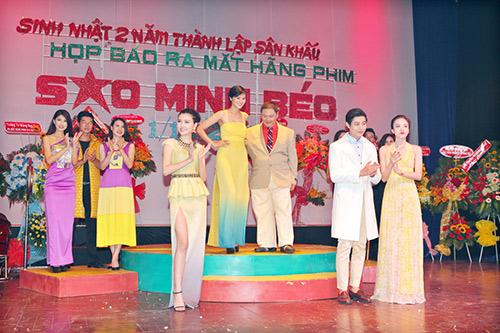 minh beo tu tin do dang ben le thi phuong - 4