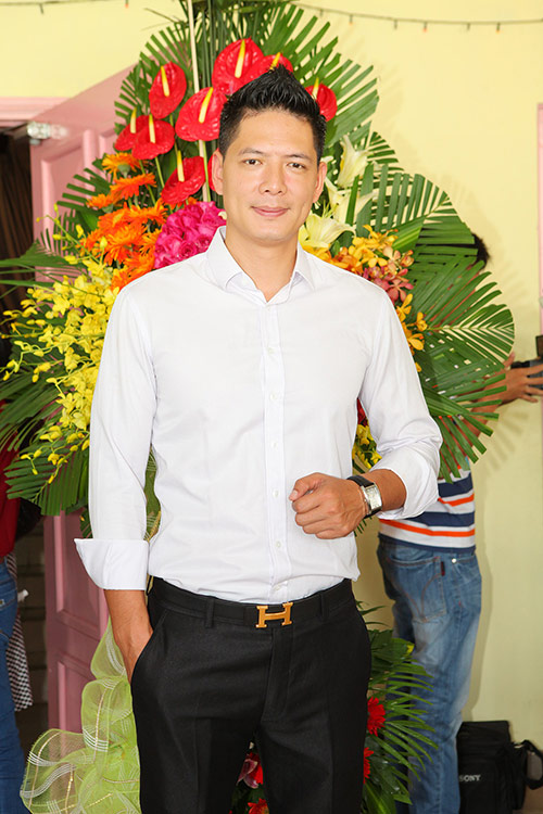 minh beo tu tin do dang ben le thi phuong - 5