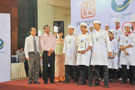 nghi van thi sinh top 3 masterchef vn la dau bep chuyen nghiep? - 4
