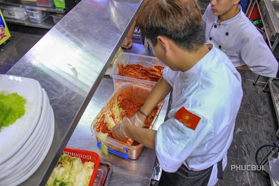hot boy ban kim chi thu nhap 20 trieu/thang - 6