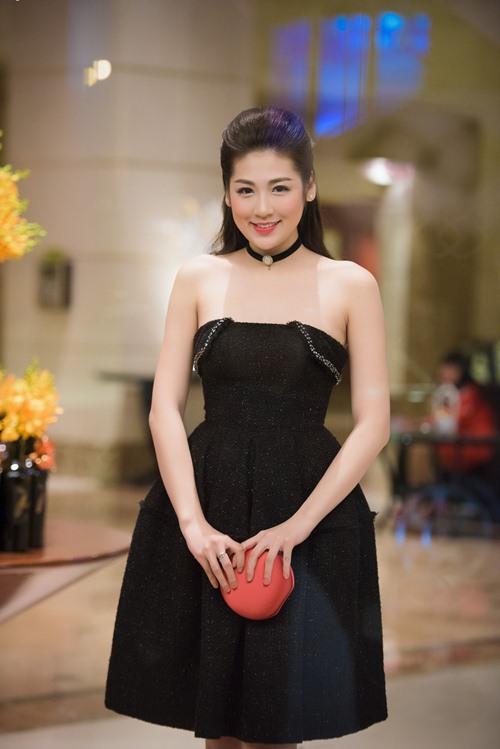 "a hau tu anh ""luom yeu"" mai phuong thuy - 2"