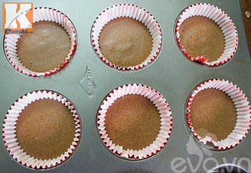 tu lam banh cupcake cay thong noel dep mat - 4