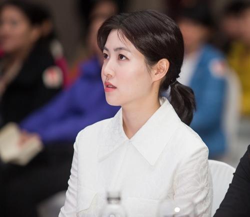 "shim eun kyung lam miu le ""vo oa"" voi mon qua tu han quoc - 4"