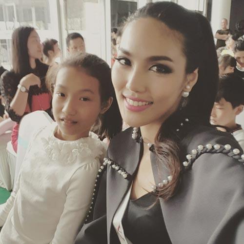 ngam nhan sac cua lan khue tai miss world 2015 - 13