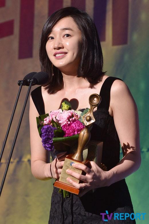 hau scandal cuong dam, park shi hoo bi phat 200 trieu won - 8
