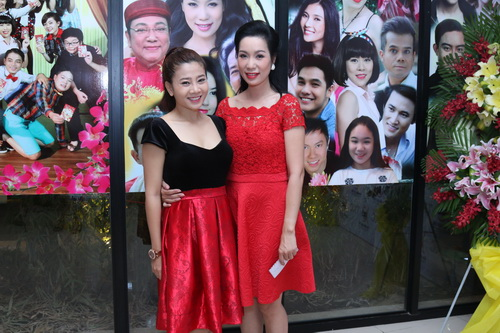 trinh kim chi phu nhan tin don bat man voi nsnd hong van - 5