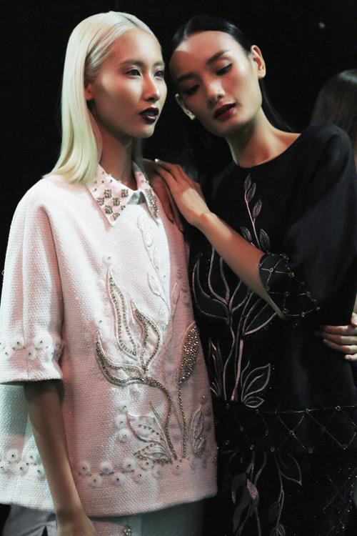 4 xu huong lam dep dang chu y tu vietnam designer fashion week - 5
