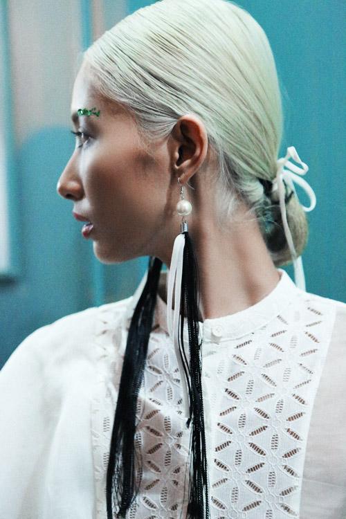 4 xu huong lam dep dang chu y tu vietnam designer fashion week - 13