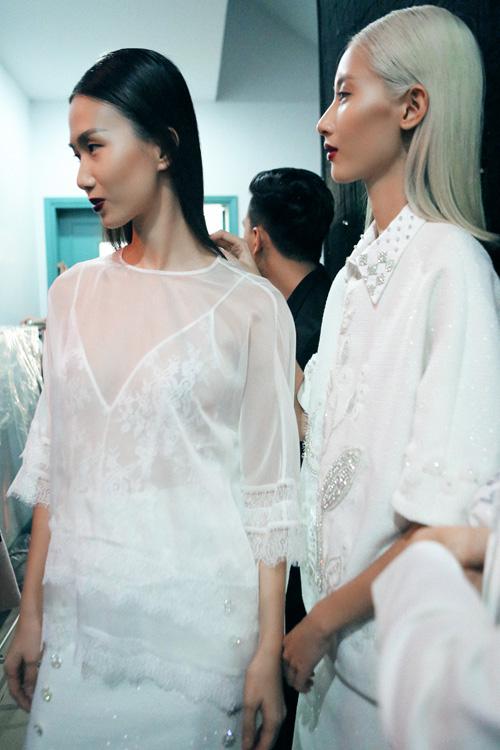 4 xu huong lam dep dang chu y tu vietnam designer fashion week - 10