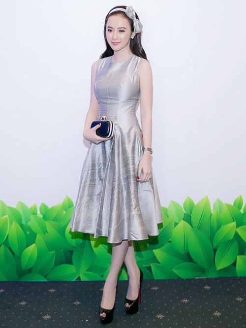 angela phuong trinh dien vay xinh nhu cong chua - 1