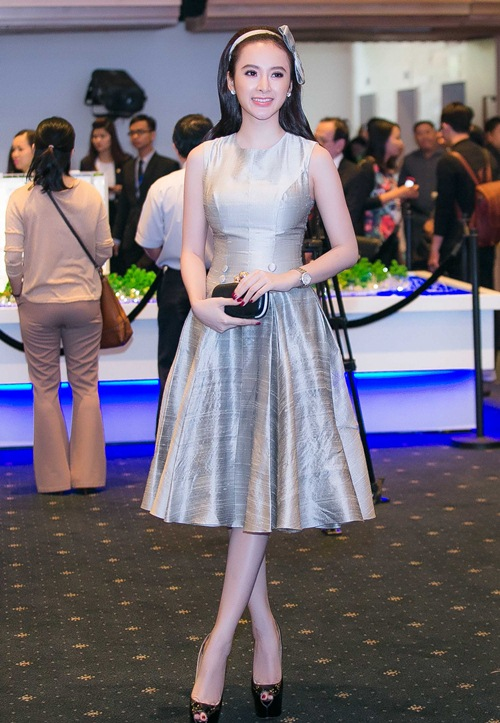 angela phuong trinh dien vay xinh nhu cong chua - 2