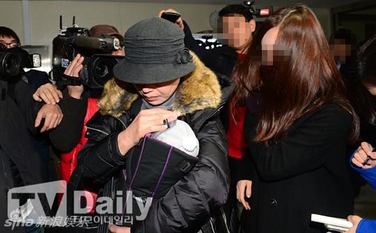ket qua adn: kim hyun joong la cha cua con trai co choi - 4