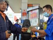 """Mua sắm - Giá cả - TP HCM không """"ép"""" doanh nghiệp bán xăng E5"""