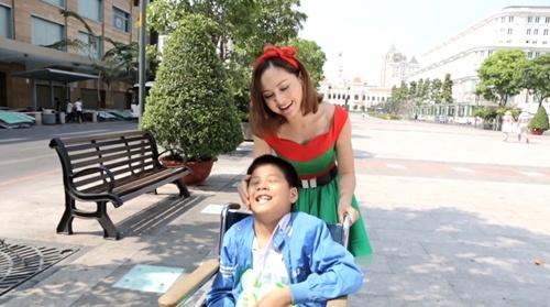 """lan phuong """"mat an mat ngu"""" lam mv don giang sinh - 8"""
