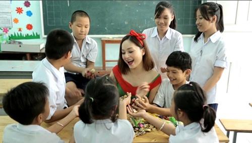 """lan phuong """"mat an mat ngu"""" lam mv don giang sinh - 9"""