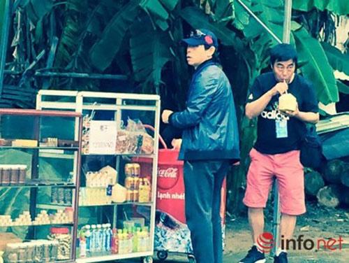 da nang: showroom cam cua khach viet, chi don khach tq - 12