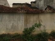 Pháp luật - Con trai chém mẹ già tật nguyền rồi phóng hỏa đốt nhà