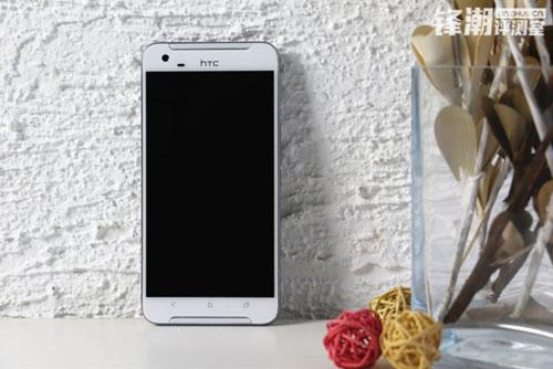 one x9: smartphone sap ra mat cua htc - 2