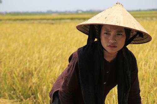 """thuy hang - hien than cho """"cai dep"""" cua nguoi phu nu viet xua - 2"""