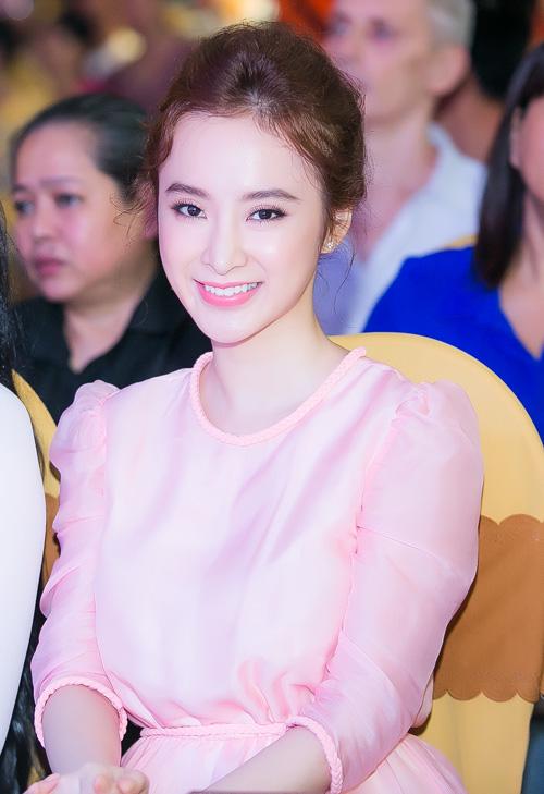 top 6 my nhan viet trang diem dep nhat 2015 - 3
