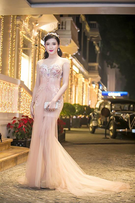 top 10 my nhan viet dep nhat  tham do tuan qua - 6