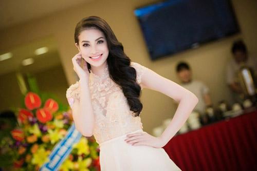 """nhan sac thi sinh """"duoc long"""" khan gia nhat hhvn 2014 - 11"""