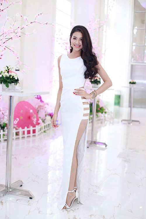 """nhan sac thi sinh """"duoc long"""" khan gia nhat hhvn 2014 - 15"""