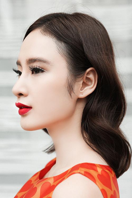 angela phuong trinh dep hut hon voi vay dam sac so - 8