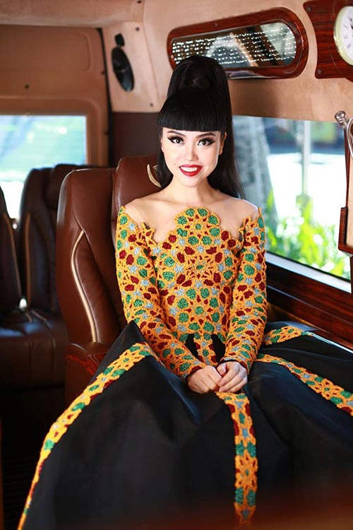 jessica minh anh, truong thi may an tuong tren tham do - 1
