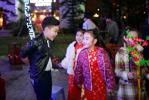 """a quan """"giong hat viet nhi"""" khuay dong hang nghin khan gia - 2"""