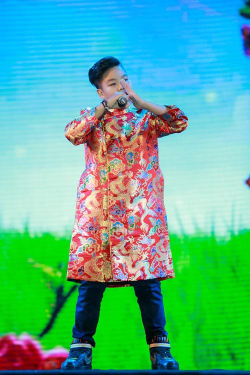 """a quan """"giong hat viet nhi"""" khuay dong hang nghin khan gia - 10"""