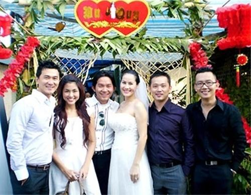 "ha tang - than thuy ha: tinh chi em ""keo son"" cua showbiz - 15"