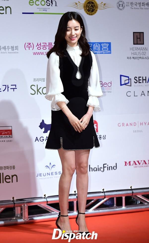 sau 12 nam o an, lee young ae tai xuat tai drama awards - 4