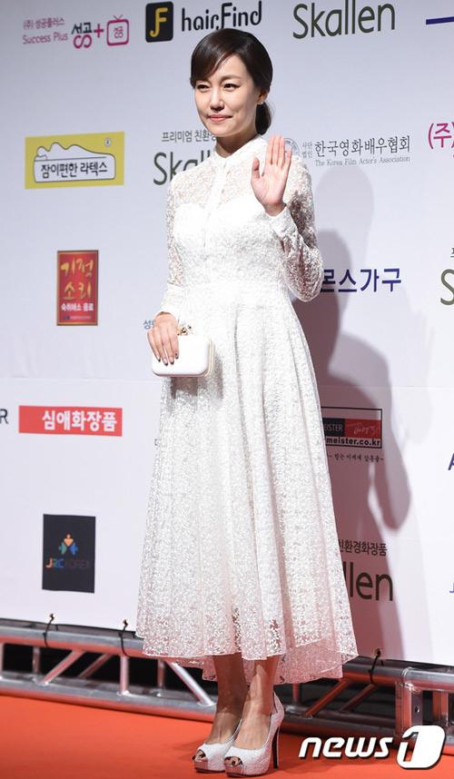 sau 12 nam o an, lee young ae tai xuat tai drama awards - 10