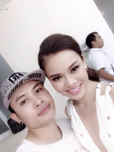 makeup hoang hien– nguoi dung sau hau truong lam dep cho sao - 8
