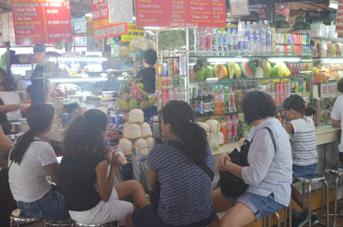 nguòi dan sài gòn táp nạp mua sam dip tet duong lich 2016 - 5