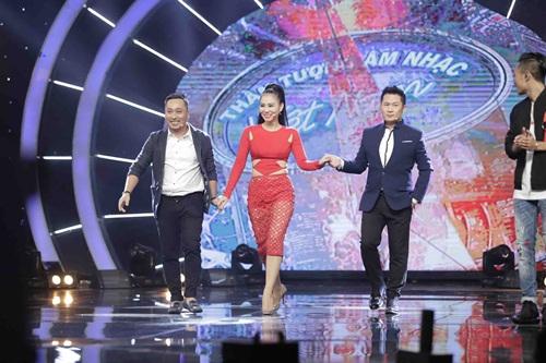 lan dau tien trong lich su: co gai nuoc ngoai dang quang vietnam idol 2016! - 1