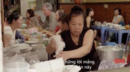 """quan """"bun chui"""" ha noi len cnn: niem """"tu hao trong ngoac kep"""" - 5"""