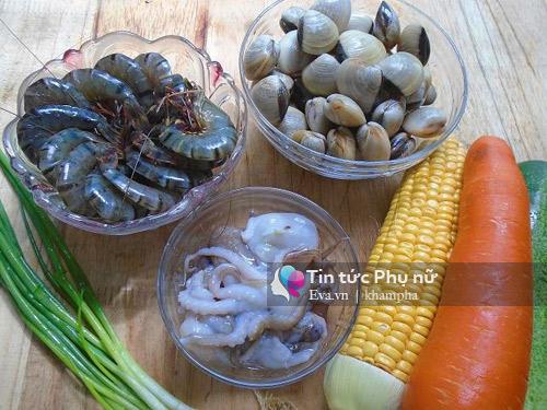 Cơm rang hải sản ngon miệng cho bữa sáng-1