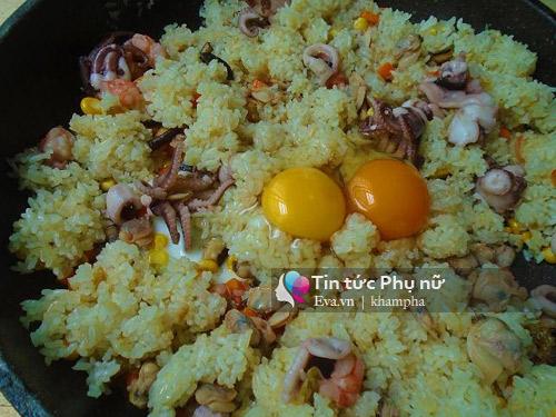 Cơm rang hải sản ngon miệng cho bữa sáng-7