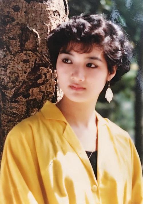 Thời trang sao Việt xưa: Kinh ngạc vì người đẹp này gần như không thay đổi suốt 20 năm qua-7
