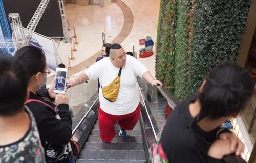 that tinh, hot boy an uong tha ga tang len 255kg - 1