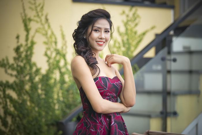 Nguyễn Thị Loan phản pháo nghi vấn tu sửa nhan sắc trước khi thi hoa hậu - 5